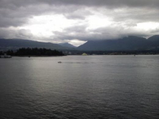 Scenic views along the Vancouver harbor