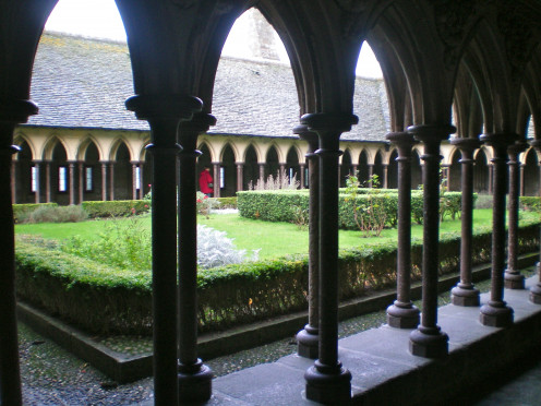 The Abbey cloister (c) Anne Harrison
