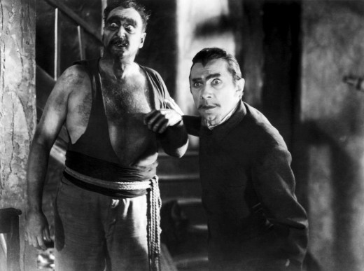 Bela Lugosi and zombie in White Zombie (1932)