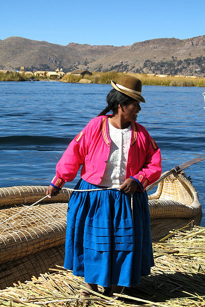 MartinT11 photographed a pre-Incan Uros woman on August 2, 2008 who is living on Lake Titicaca.