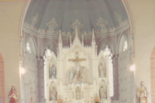 This was taken from my sister's wedding album, but it's the same Old High Alter which would have been there when mom had her call to the Church.