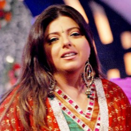 "Delnaaz Irani ""Cute Chubby Foodie Tv Host"""