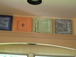 Easy kitchen wall decorating
