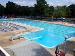 Calverton Pool: notice the high dive is gone now