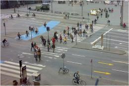Long Crosswalk Difficult for Seniors to Cross