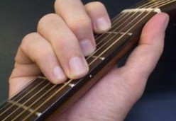 How to Soothe Sore Fingers from Playing Guitar