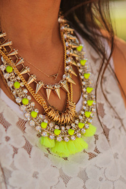 Fashion Jewelry trend: Neons How to Wear