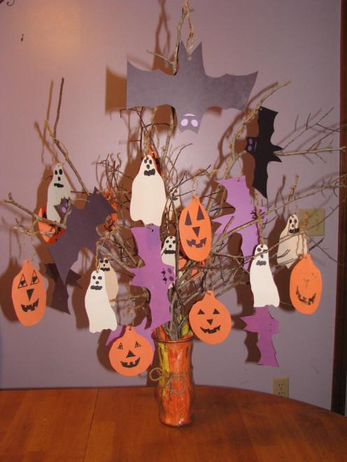 The Halloween Tree Centerpiece.