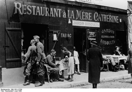 "Restaurant ""A la Medre Catherine"", Place du Tertre in Montmartre. Paris, June 1940"