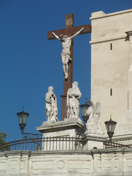 Crucifix in the city of Avignon