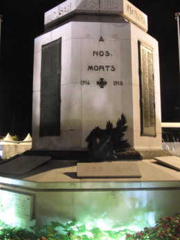Monument in memory of the Dead Soldiers in Cannes