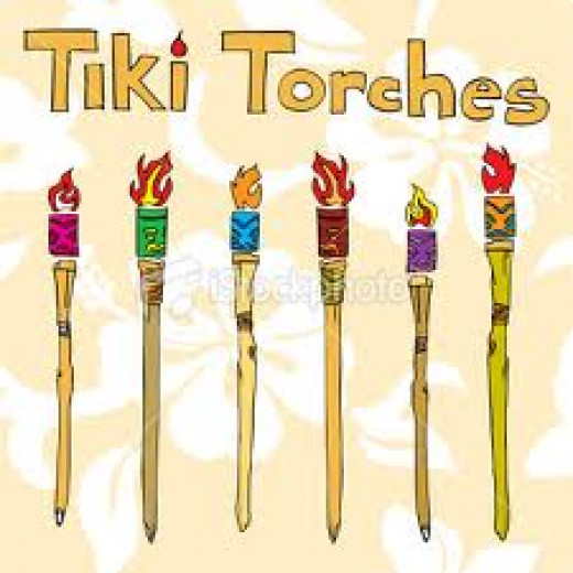 Tiki torches are a great way to light up a party. In the night Time light up the torches for a beautiful atmosphere.