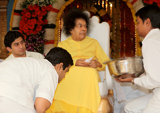 Bhagawan called me out of the blue and seemed to 'reward' me for my one-pointedness in Love for the Guru.