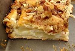apple cream cheese bars