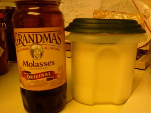 molasses and white sugar can make brown sugar
