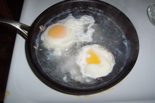 how to cook poached eggs with egg rings