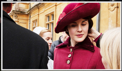 Lady Mary Crawley, dressed to go calling.