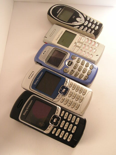 It's cell phone mania!