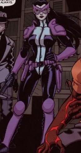 Huntress with Shoulder Pads
