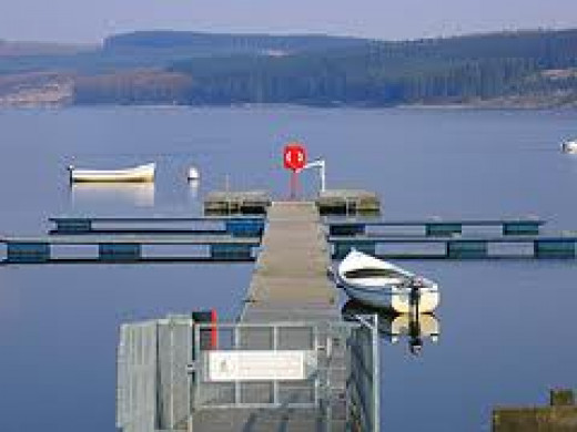 Leaplish ferry jetty - see the scenery from the water level