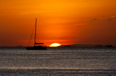 Sunset at the Manila Bay in Pasay City, Philippines