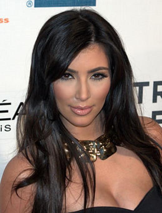 Kim Kardashian uses dry skin brushing