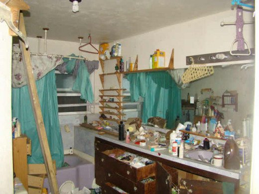 It is not uncommon to walk into a scene like this when touring a foreclosure. Keep and open mind!