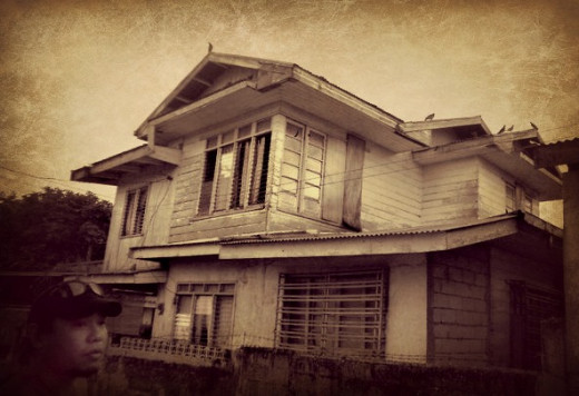 The ancestral haunted house