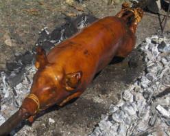 Tasty Roasted Whole Pig - Lechon