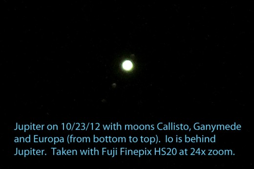By overexposing Jupiter, you can take pictures of its moons that are always nearby (although sometimes they pass behind or in front of Jupiter).