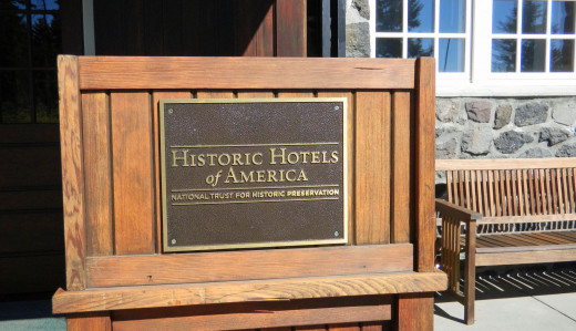 If you haven't seen many of the historic hotels of America, add it to your bucket list.  There are some fabulous old hotels to be seen.