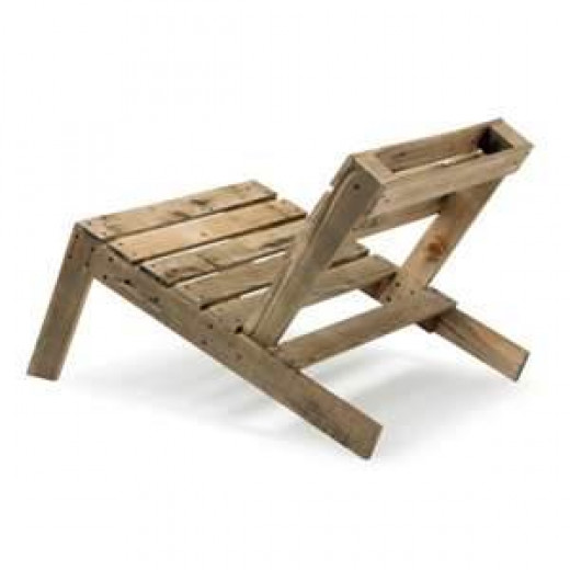 2 pallets for a chair
