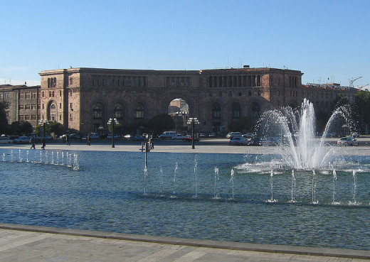 Sven Dirks photographed the main post office in Yerevan, Armenia on October 22, 2005.