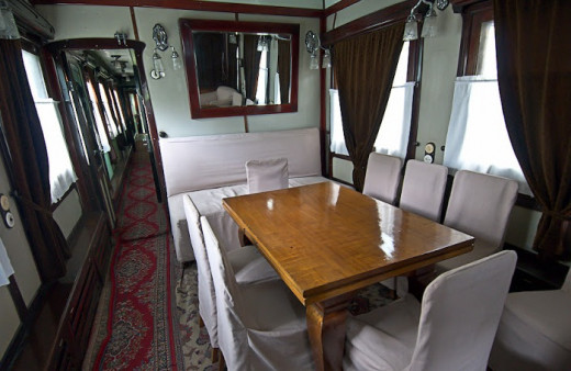Photo by Vadik Volkov. Conference room in a train.