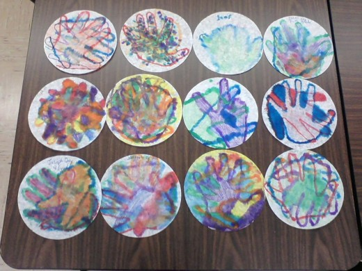 4th grade hands using primary and secondary colors