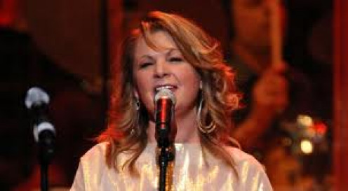 Patty Loveless was a pioneer in women's country music. Her voice was beautiful and she performed with a passion.
