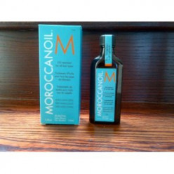 Moroccan Oil Vs Coconut Oil - Which One Tames Your Frizzy Locks Better?