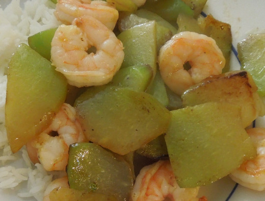 Chayote squash with shrimps