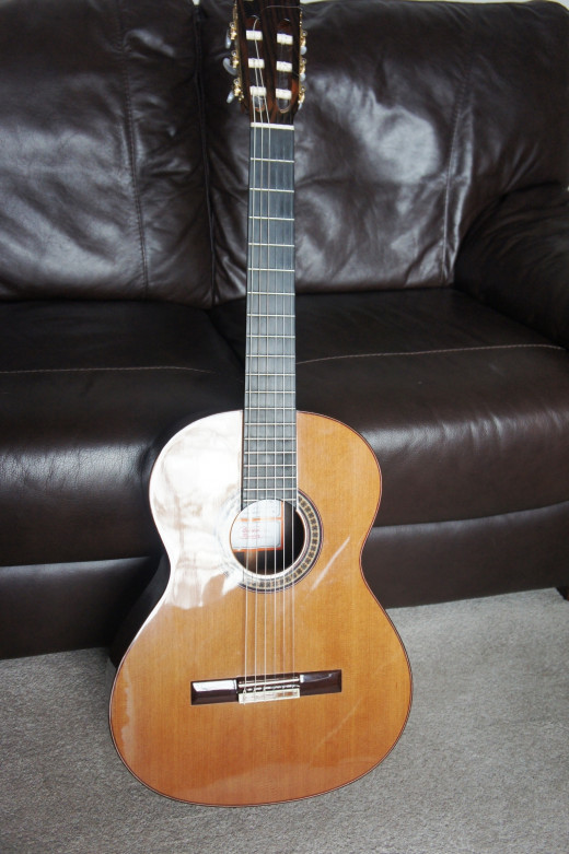 Jose Ramirez 4E - Solid Cedar Top