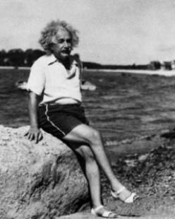 60 greatest Quotes by the world's conventional genius: Albert Einstein