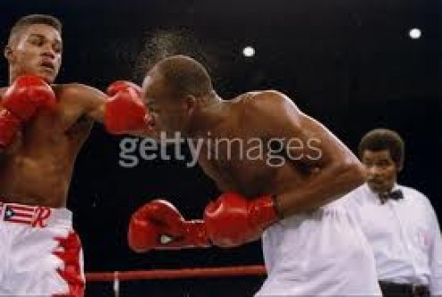 Felix Trinidad Knocks out Maurice Blocker in two rounds for the Welterweight Title     Getty Images
