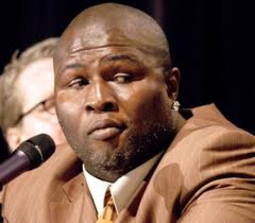Former Middleweight, Super Middleweight and Cruiserweight Champion, James Toney, was a counter punching expert and defensive master.