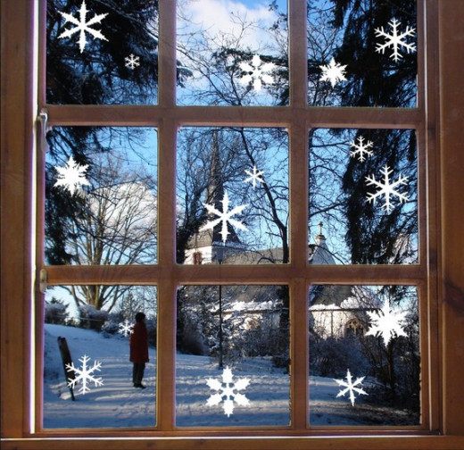 White Snowflake Clings