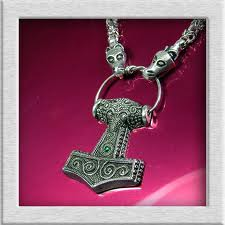 Token of faith - call on Thor for help.  You're born on your own, you die on your own. Put a brave face on it and perhaps men will still speak well of you when you're long gone!