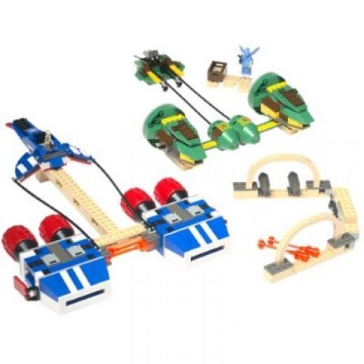 Lego Star Wars Watto's Junkyard 7186 Assembled