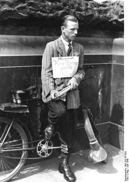 """""""Driver looking for work"""" Unemployed German laborer in 1949"""