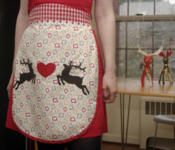 Christmas Apron Designs and Pattern Ideas