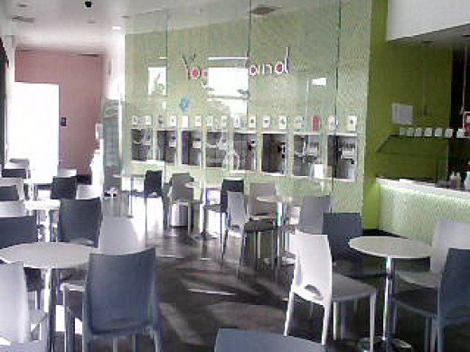 Yogurtland Brea Interior