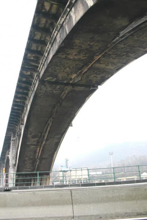 An arch of Renory Bridge