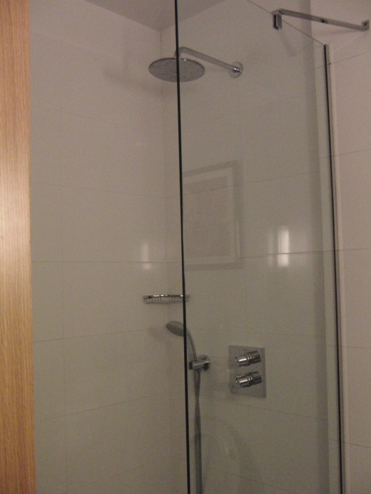 Shower at Courtyard by Marriott in Budapest